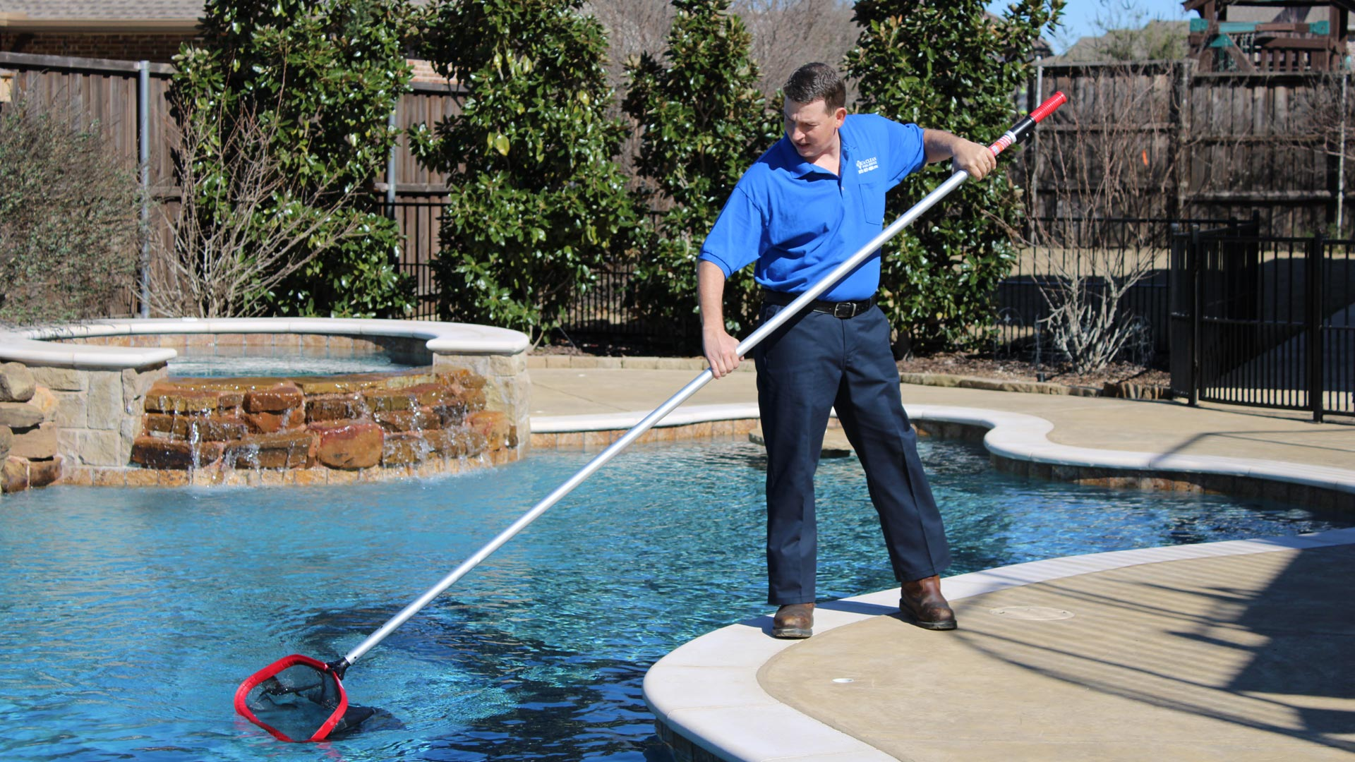Weekly Pool Cleaning in Plano, Texas